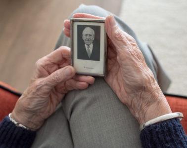 atención centrada en la persona con demencia