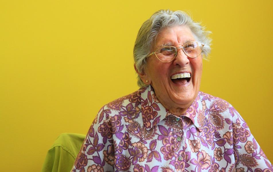 atencion centrada en la persona con demencia conceptos beneficios