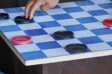 ludoteca personas mayores juegos de mesa