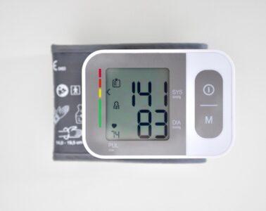 tensiómetro monitor tensión arterial