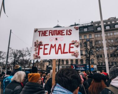 mujeres mayores día de la mujer