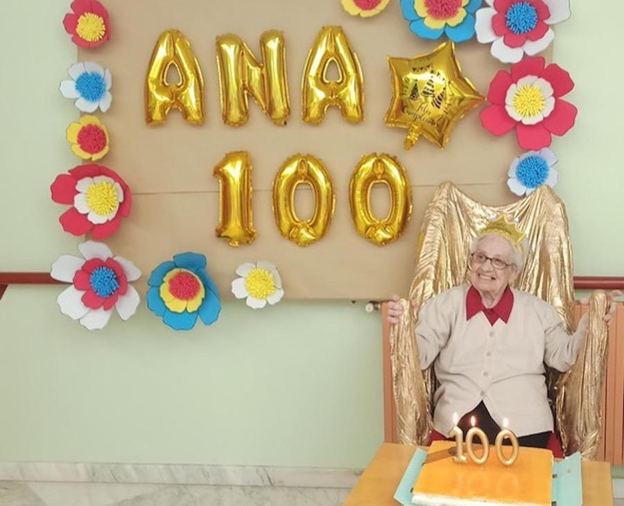 cumplir 100 años Aniversario Ana Blanco 2